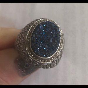 Jewelry - Large blue druzy ring